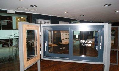 hst porte atypique en alu mirox fabricant des fenetres et portes de pologne. Black Bedroom Furniture Sets. Home Design Ideas
